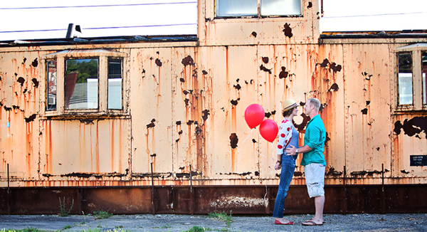Engagement Shoot, E-Shoot, Couple Shoot, Love Shoot, Couple Photography, Wedding Photography, Urban, Fun, Balloons, Red (9)