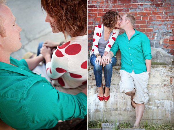 Engagement Shoot, E-Shoot, Couple Shoot, Love Shoot, Couple Photography, Wedding Photography, Urban, Fun, Balloons, Red (3)