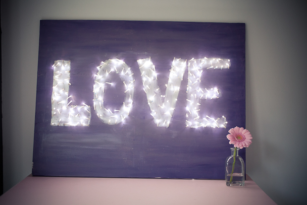 Love Canvas, Canvas Wall Art, DIY Canvas, DIY Wall Art, DIY Painting, Love in Lights, Love Canvas, Lights Canvas, Fairy Light Picture, DIY, Craft Project, DIY Tutorial, How-to (1)