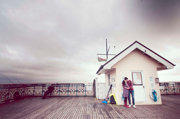 e Shoot, Engagement Shoot, Lizzy May Photography, Wales Photography, Beach Engagement, Couple in Love (9)