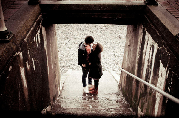 e Shoot, Engagement Shoot, Lizzy May Photography, Wales Photography, Beach Engagement, Couple in Love (2)