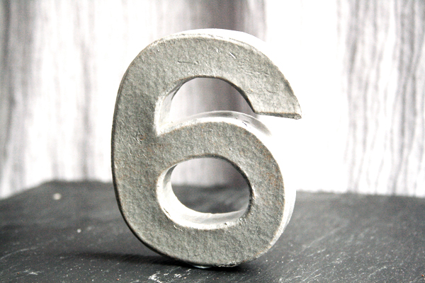 DIY, Crafts, Tutorial, How-To, Wedding Ideas, Wedding DIY, Table Numbers, Metal Effect, Silver, Slate, Grey
