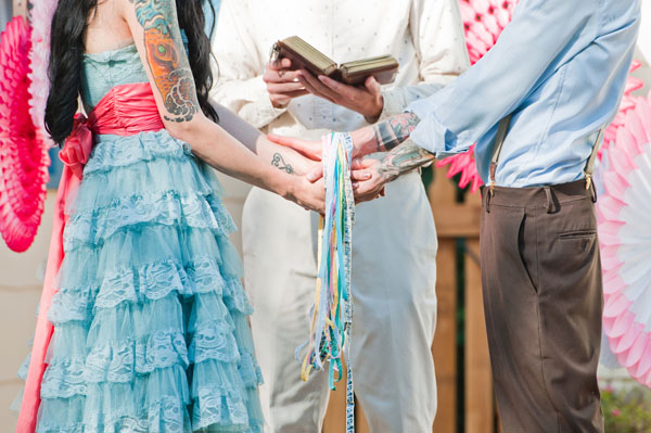wedding, wedding photography, wedding inspiration, quirky wedding, eclectic styling, backyard wedding, hand fasting ceremony, One OAK Photography (8)