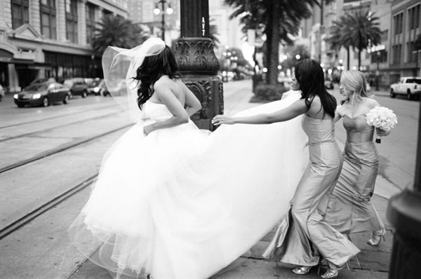 wedding, real wedding, wedding inspiration, glamorous wedding, elegant wedding, New Orleans wedding, Great Gatsby inspired wedding, wedding photography, Bound By Photography, tux and converse wedding (7)