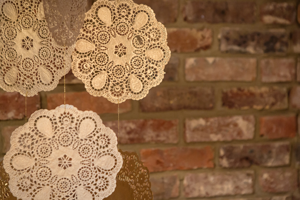 Christmas, festive, noel, yuletide, a crafted christmas, gold, christmas sparkle, DIY, crafting, doilies, garlands, Debs Ivelja Photography (2)